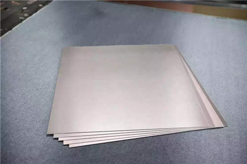 What are the technical requirements for copper clad laminates?